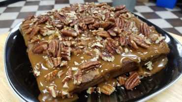 Caramel Pecan Apple Blondie
